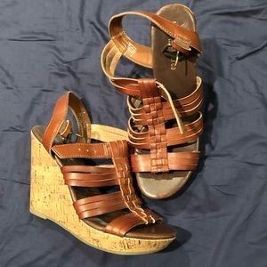 Wedge heel. Strappy Sandals.
